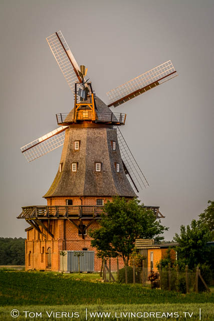 You don´t really look at windmills every day.. I really enjoyed photographing this old one, thatßs just been restored.