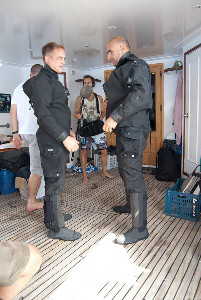 Jamie Brown and Ahmed Gabr auf dem Boot