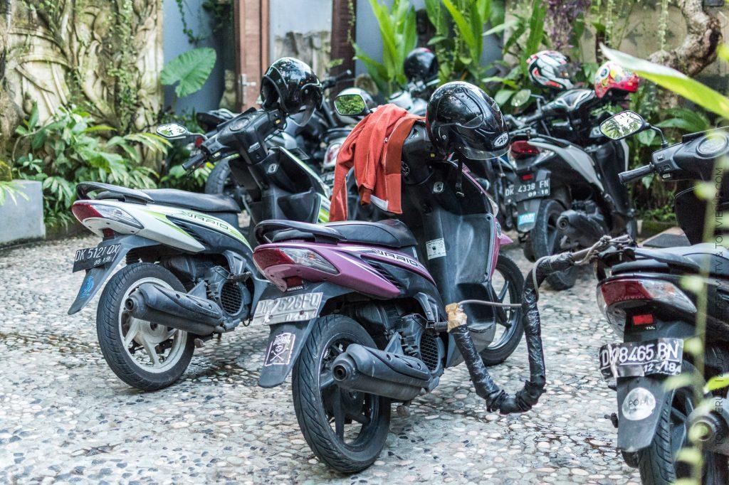 Villa Omah Lembu, Ubud, Bali, Scooters