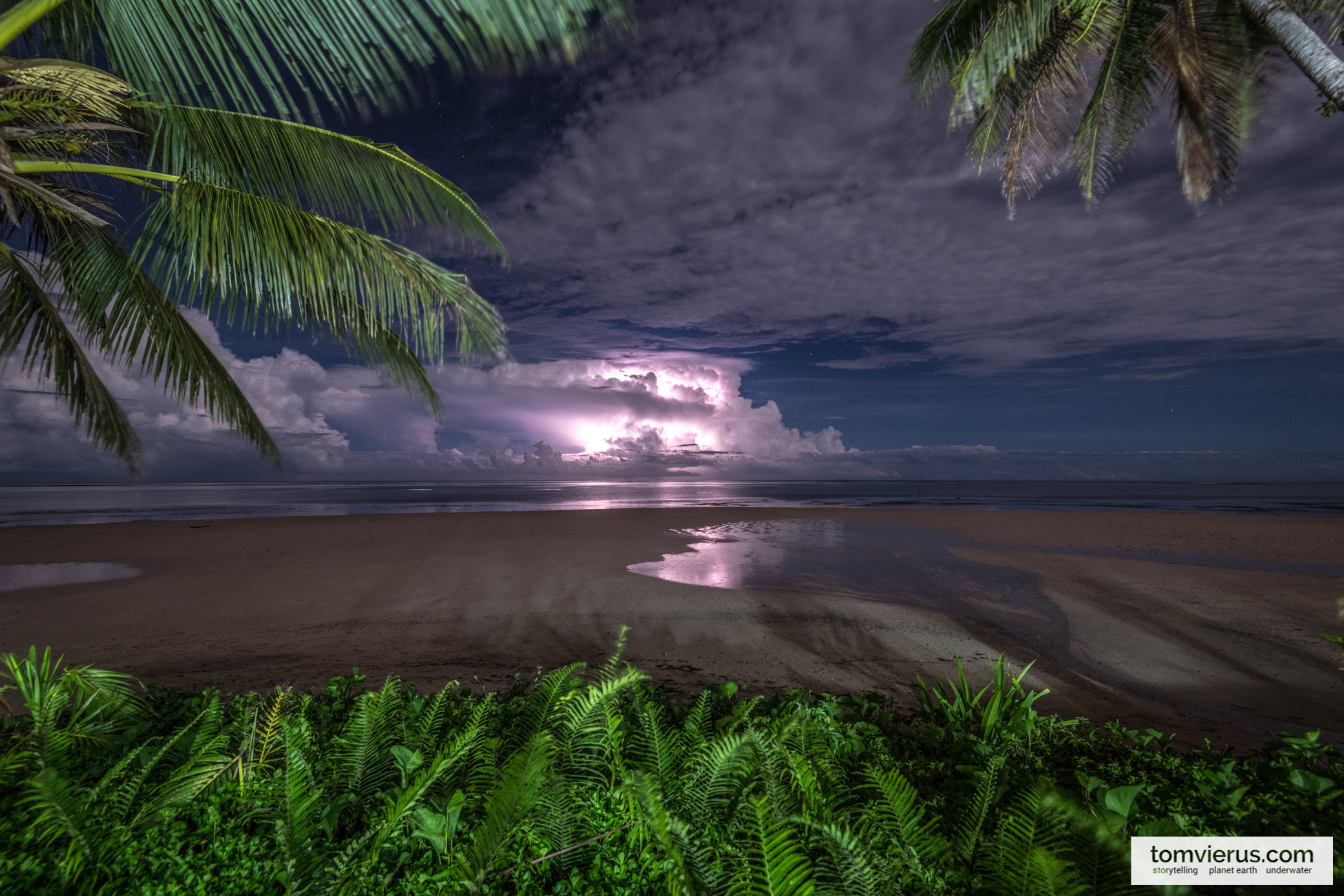 Thunderstorm at the Coral Coast in Fiji